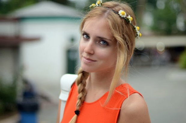 guirlandas-coroa de flores-fashionistas- red-band-garlands- wreath-tiara-de-flor-tiara-de-flower-headband-trança-de-cabelo