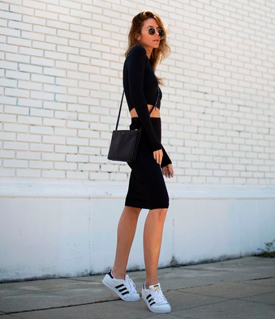 adidas-originals-street-style-top-cropped-black-style