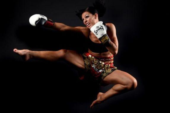 Muay-Thai-Boxer-Helen-Wilson